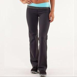 Lululemon Astro Pants, size 6
